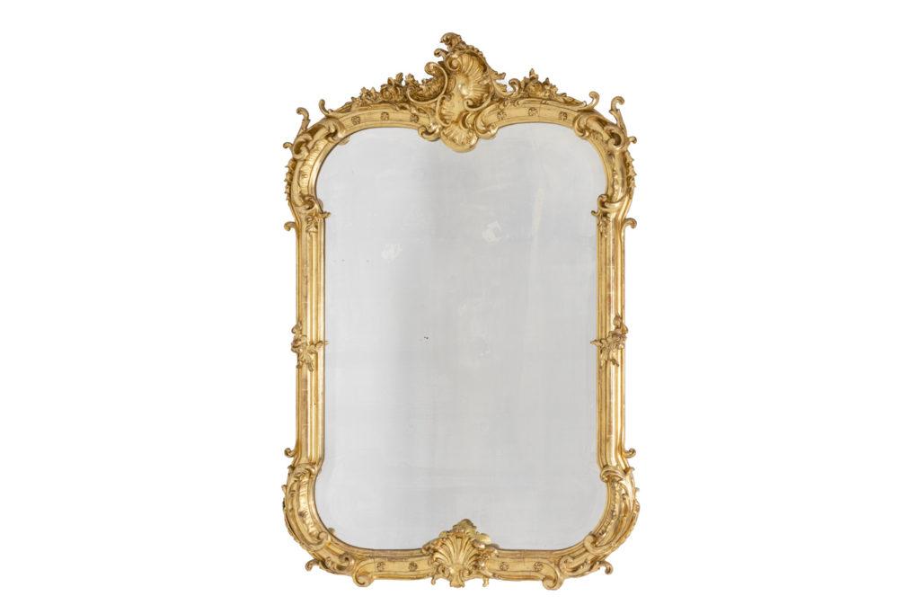 Miroir de style Louis XV en bois et bronze doré, époque Napoléon III