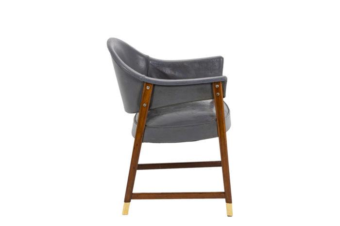 Paire de fauteuils, vu de profil