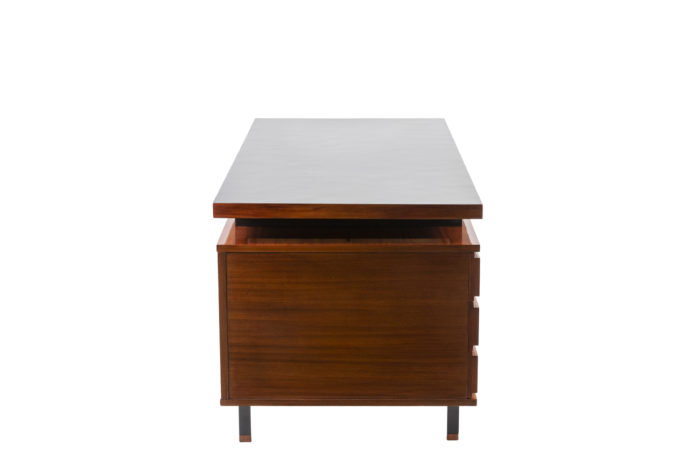 Pierre Guariche, Desk in mahogany and lacquered metal 8