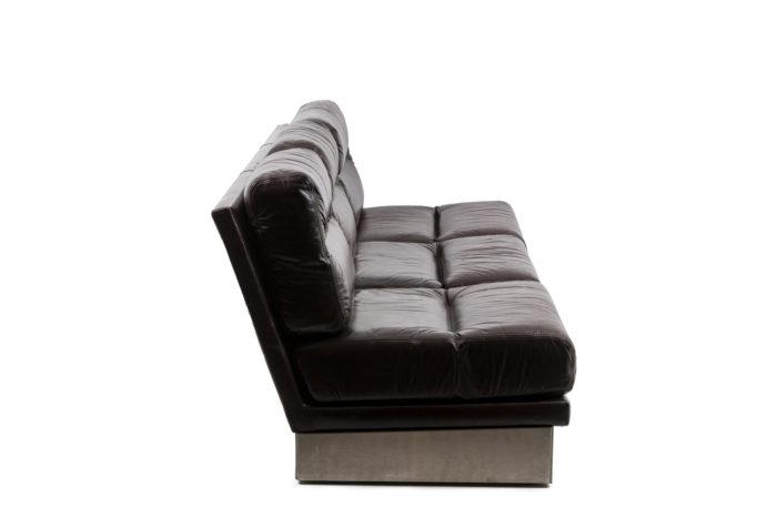 Canapé cuir, vu de profil