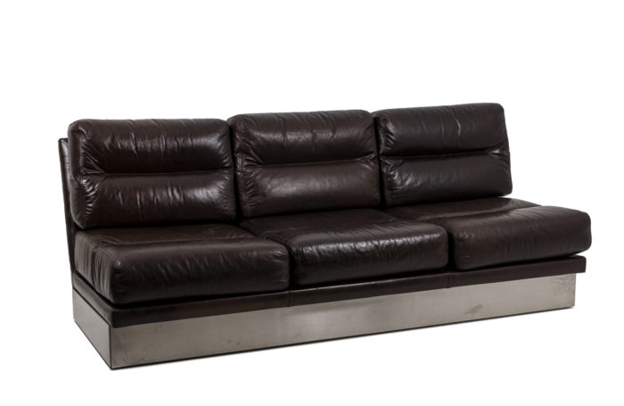 Sofa in leather 1