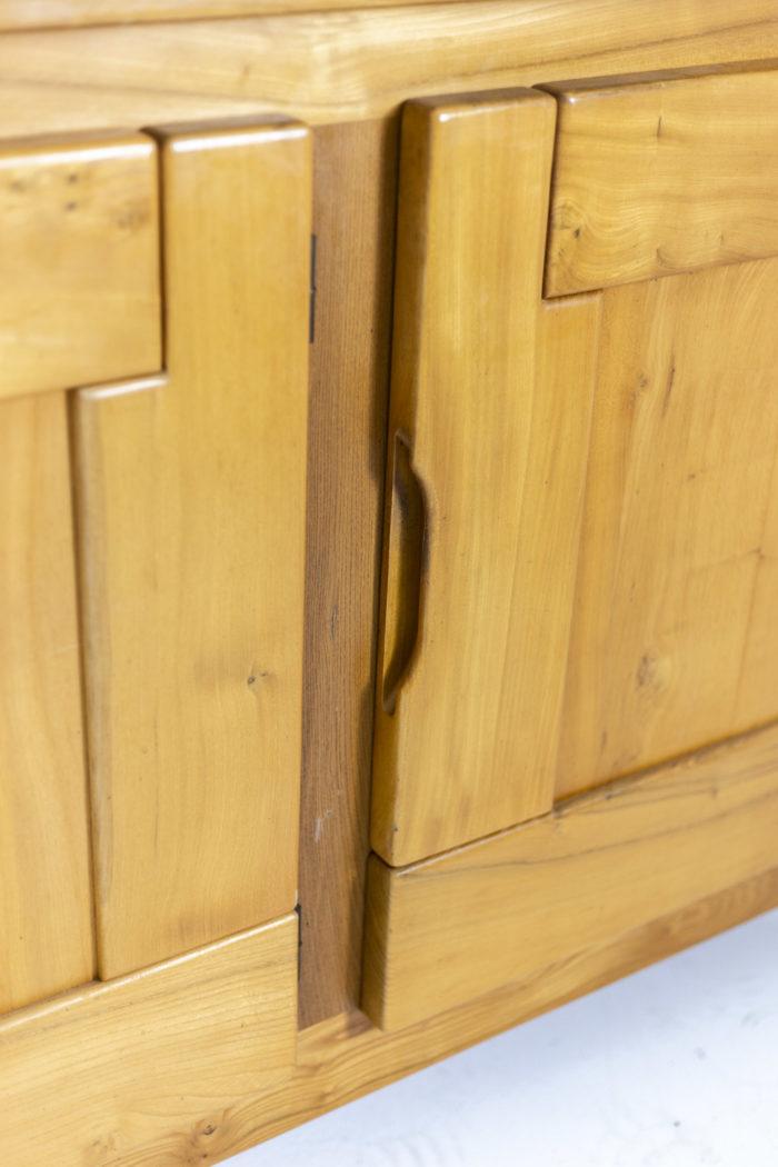 Maison Regain, Enfilade en orme, détail porte 1