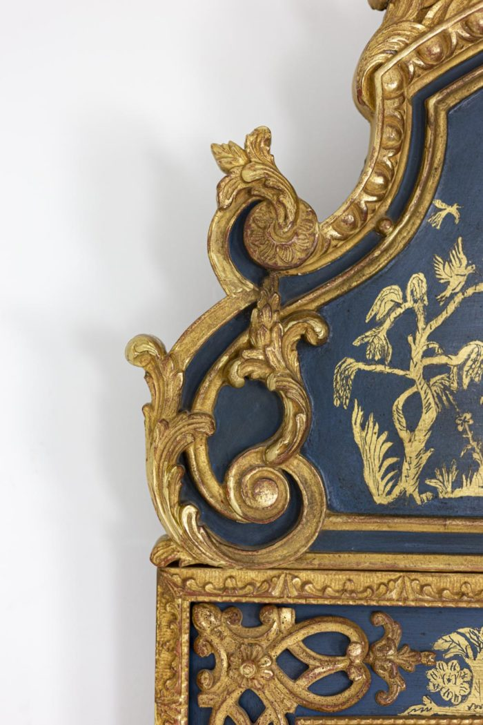 Regence style mirror in gilt wood and blue lacquer 5