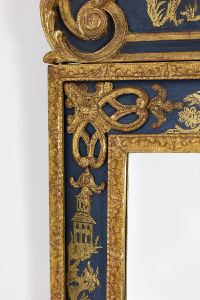 Regence style mirror in gilt wood and blue lacquer 7