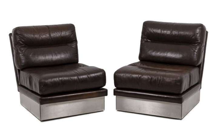 Paire de fauteuils, vue d'ensemble