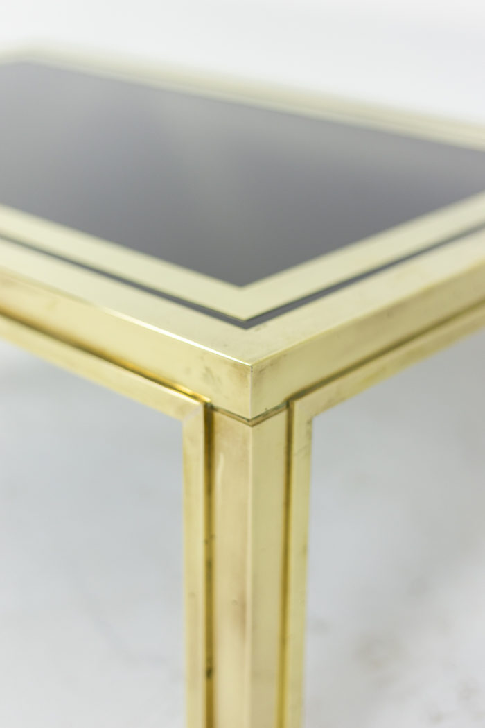 Pair of end tables in gilt brass 8