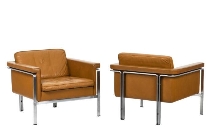 Horst Brüning, Paire de fauteuil en cuir orange