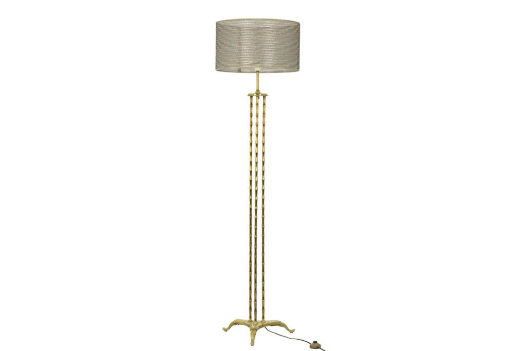 Maison Baguès, Tripod floor lamp in gilt bronze, 1970's