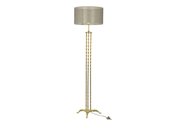 Lampadaire tripode à décor de bambou