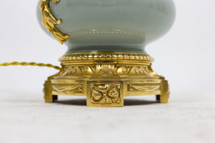 Pair of lamps in celadon porcelain 4