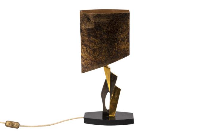 Lampe en bronze et patine médaille, vue d'ensemble 2