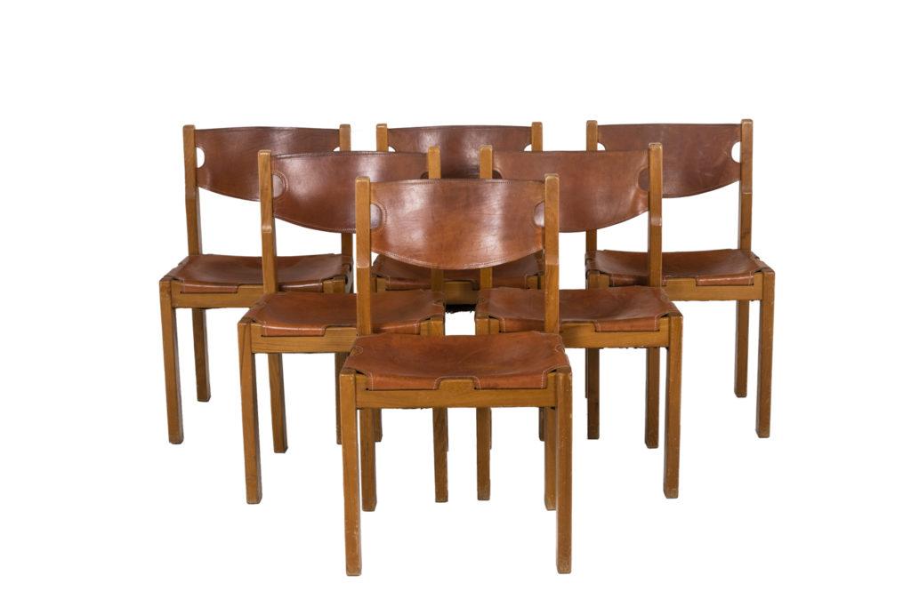 Maison Regain, Série de six chaises en orme et cuir, années 1960