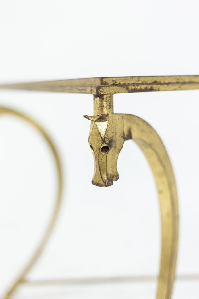 Maison Ramsay, dans le style de Jean-Charles Moreux, Table basse en fer à motifs de chevaux, détails