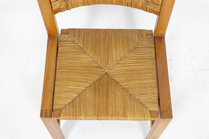 Maison Regain, Series of six chairs in elm and straw 3