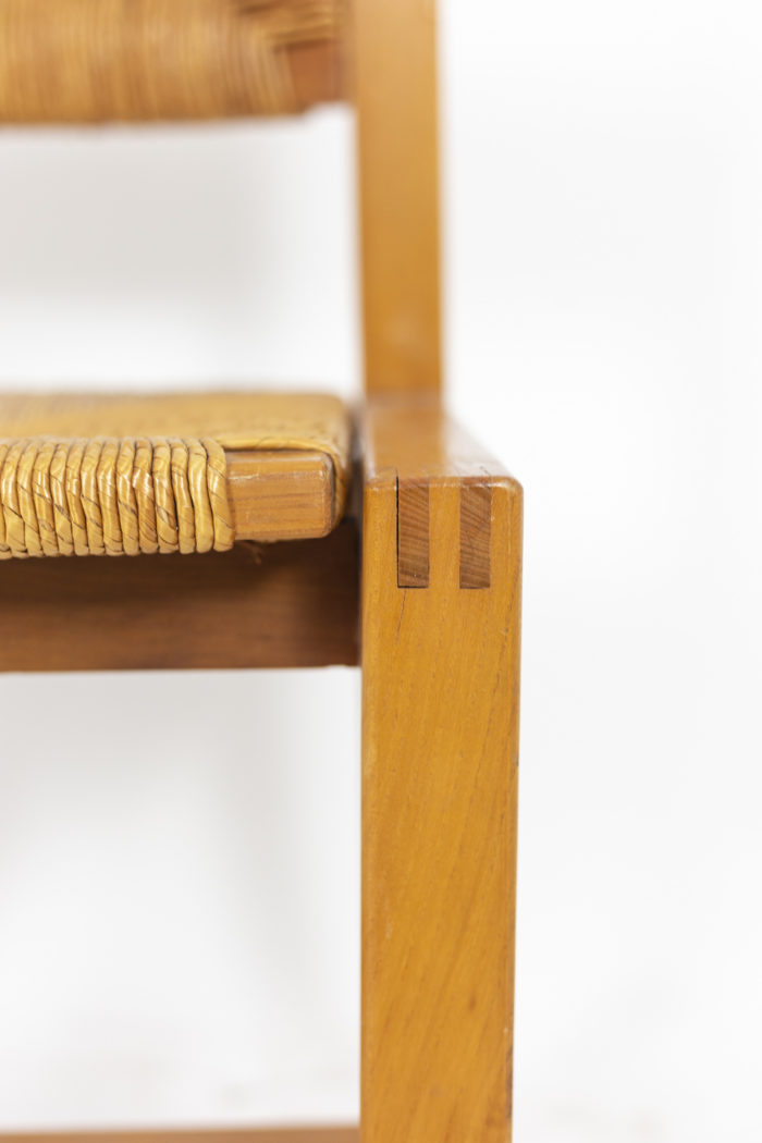 Maison Regain, Series of six chairs in elm and straw 5