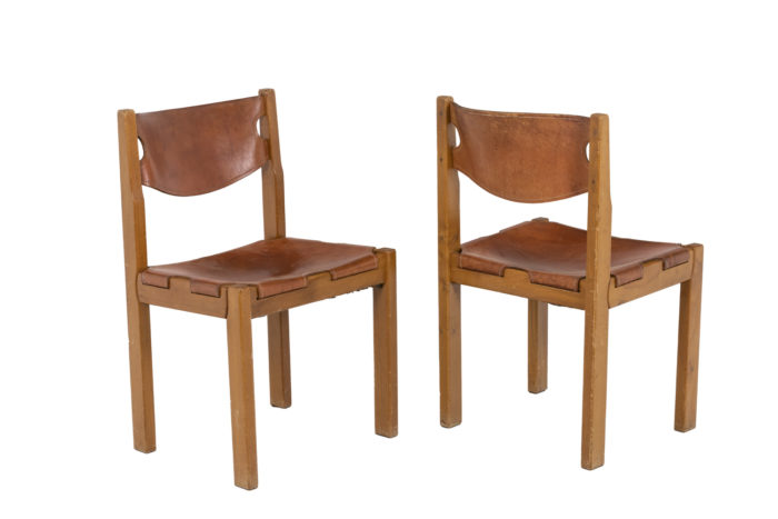 Maison Regain, Series of six chairs in elm and leather 3
