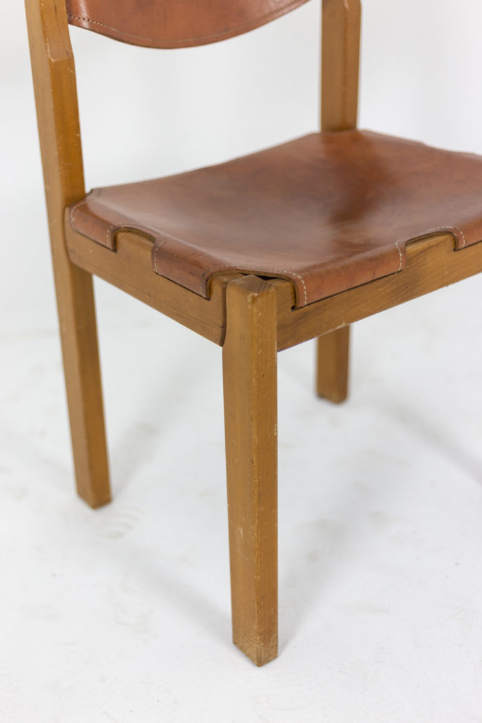 Maison Regain, Series of six chairs in elm and leather 5