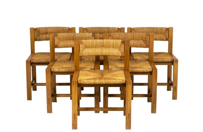 Maison Regain, série de six chaises en orme, vue d'ensemble