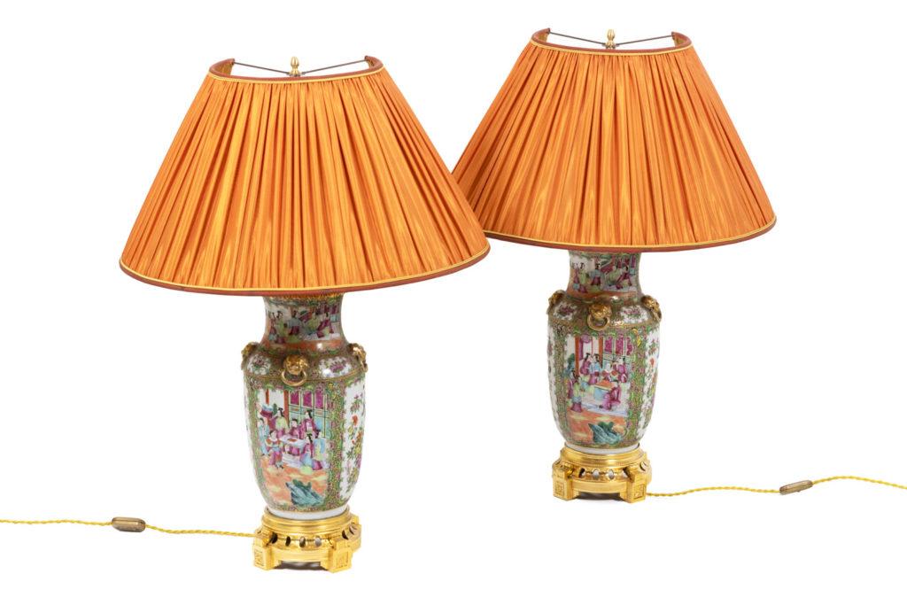 Paire de lampes en porcelaine de Canton, circa 1880