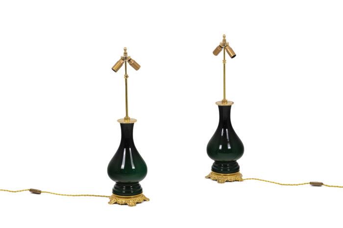 Paire de lampe vertes, vue d'ensemble sans abat-jour