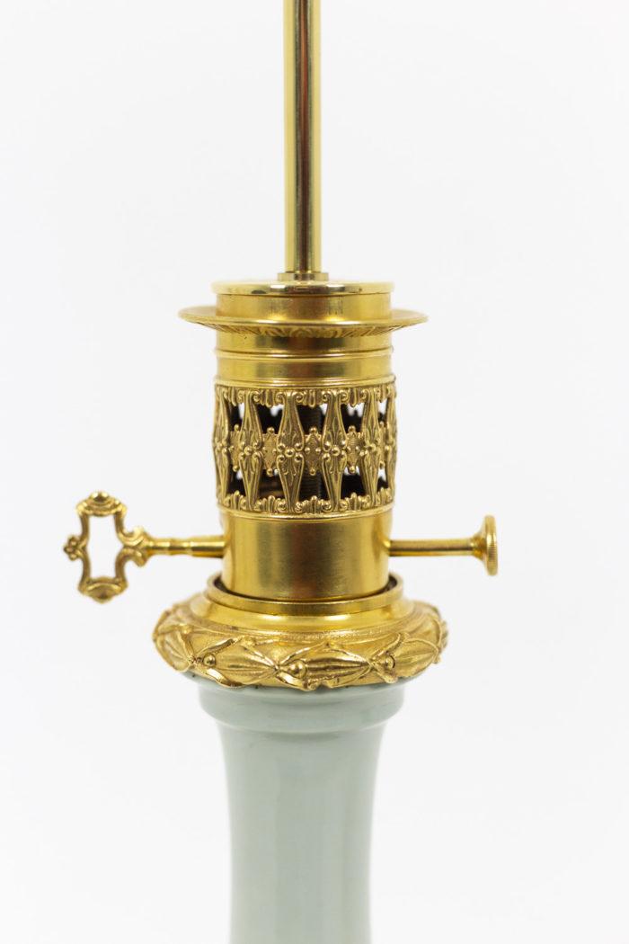 Paire de lampes en porcelaine Céladon, détails