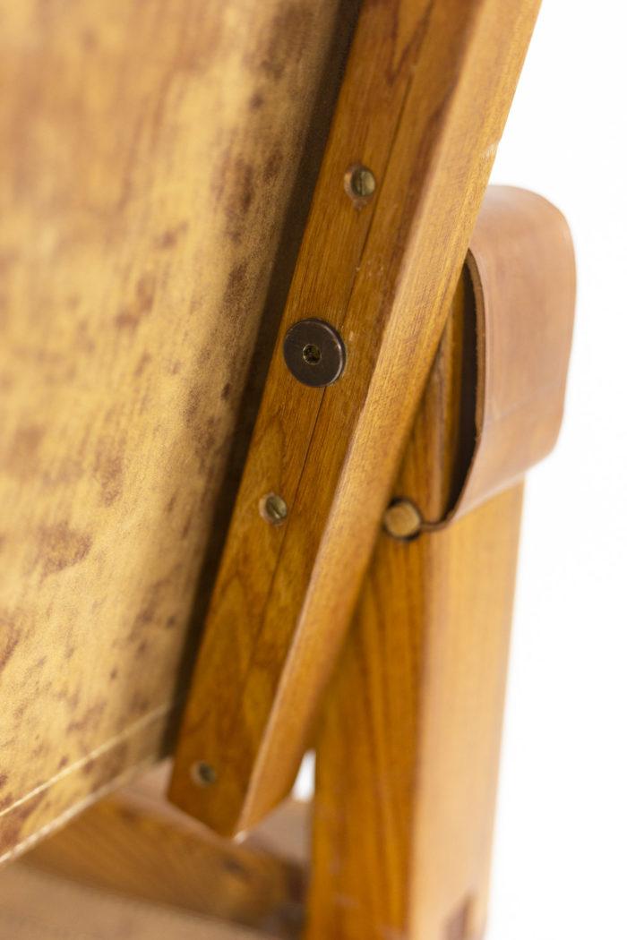Pierre Chapo, Fauteuil garni de cuir en orme naturel blond, détails 1