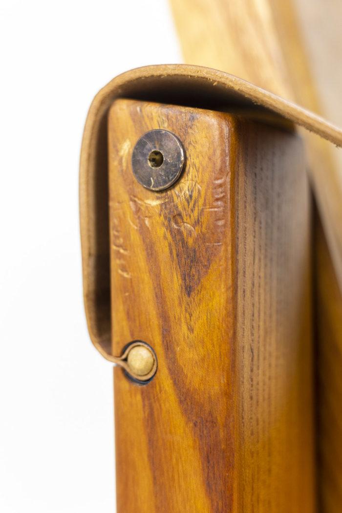 Pierre Chapo, Fauteuil garni de cuir en orme naturel blond, détails 3