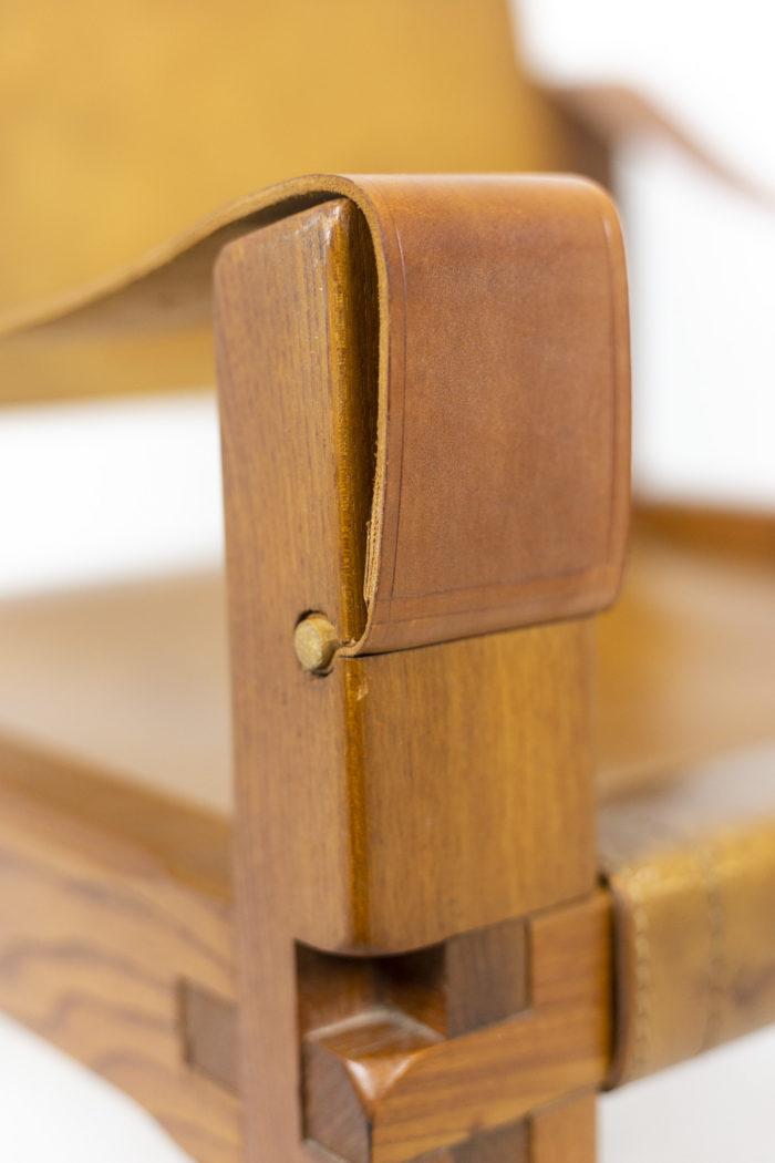 Pierre Chapo, Fauteuil garni de cuir en orme naturel blond, détails 7