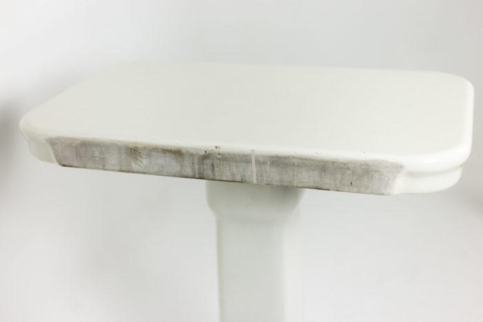 Console en grès émaillé blanc, détails 2