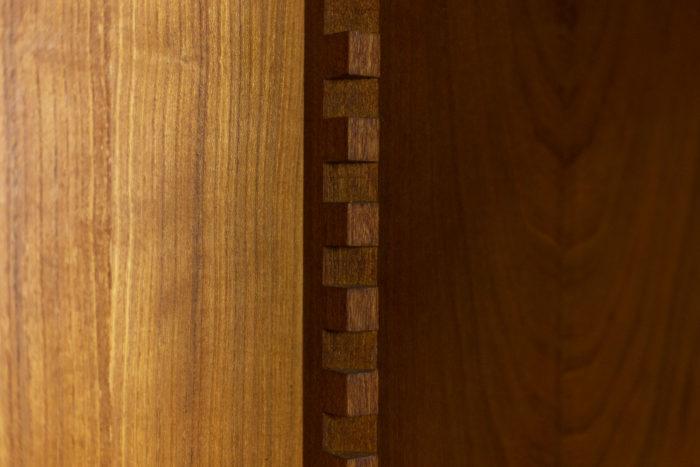 Pierre Chapo, Armoire-penderie à deux portes en orme naturel, détails 3