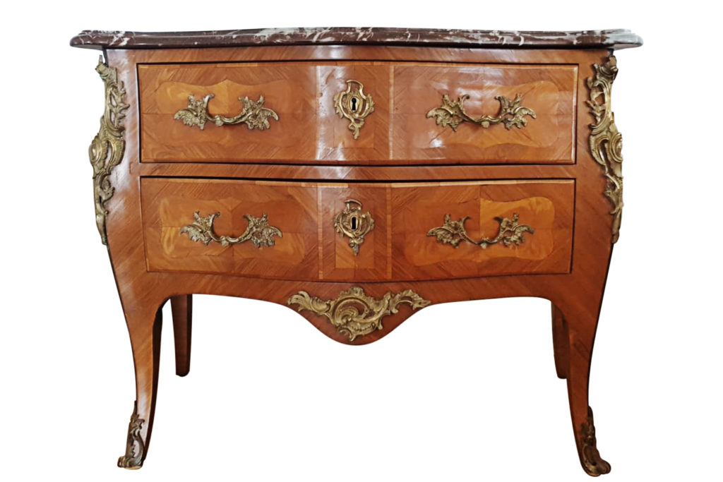 Louis XV style sauteuse commode in wood and gilt bronze, circa 1880