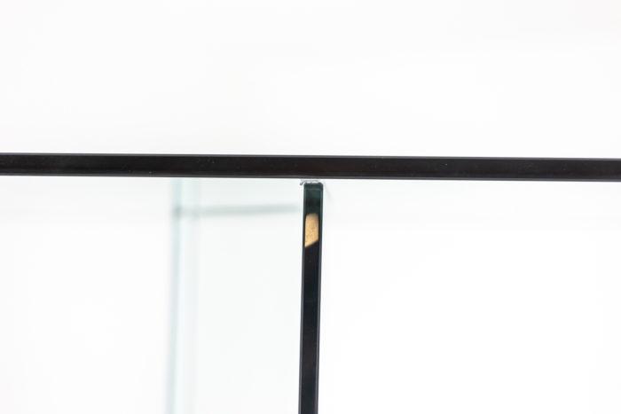 Bibliothèque en verre - détail étagère