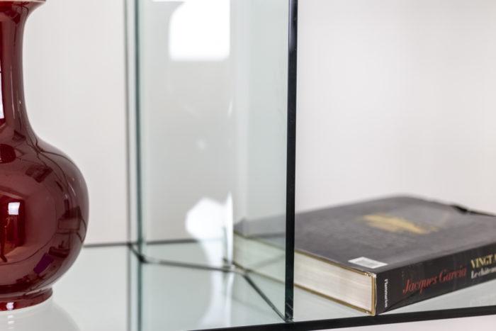 Bibliothèque en verre - détail