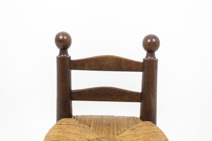 Chaises boules sculptées - dossier
