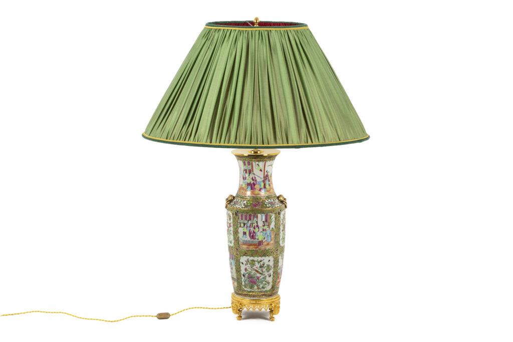 Grande lampe en porcelaine de Canton, circa 1880
