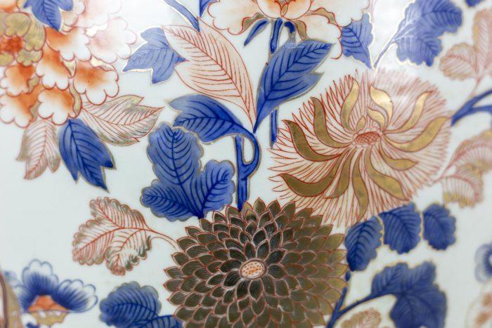 Potiches - détails floraux