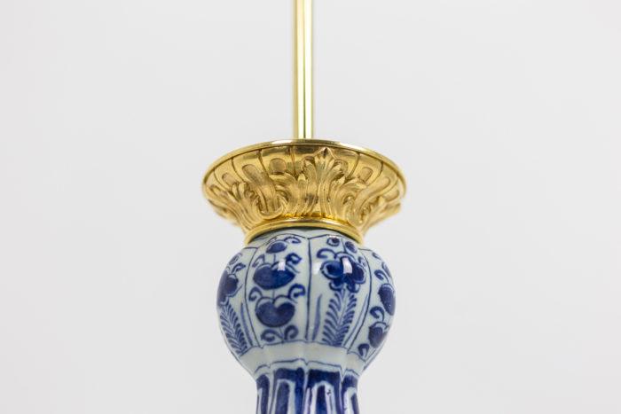 Lampe Delft - ciselure de la monture