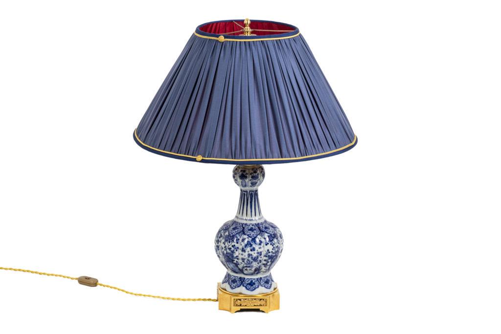 Lampe en faïence de Delft et bronze doré, XIXe siècle