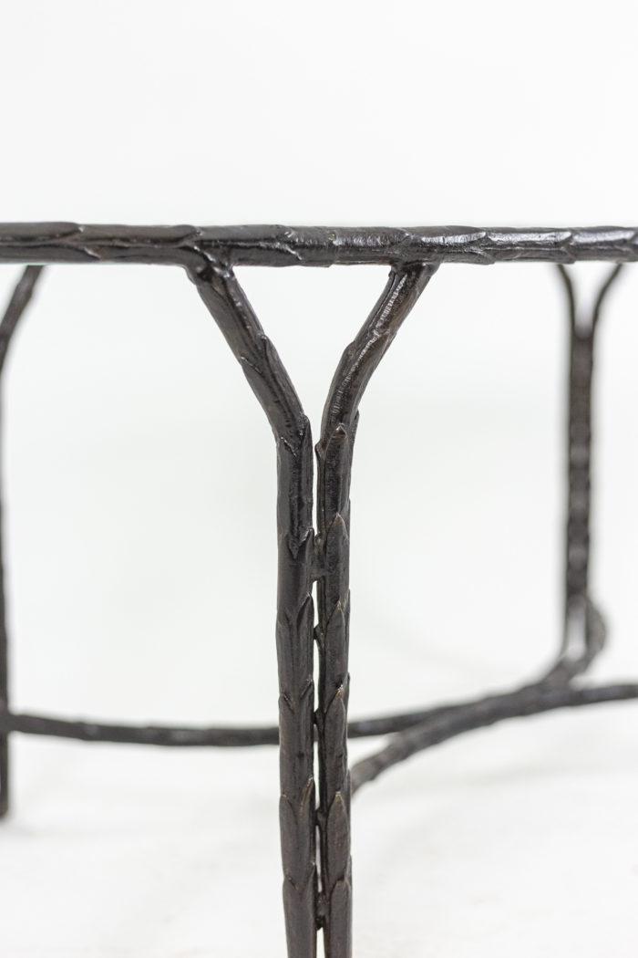 Piètement en bronze - détail d'un pied
