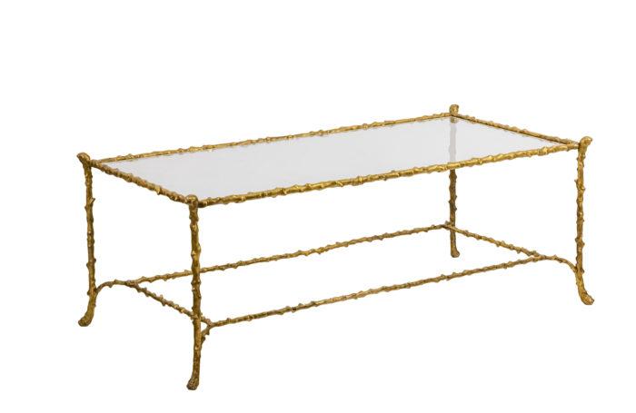 Table basse en bronze doré - 3:4