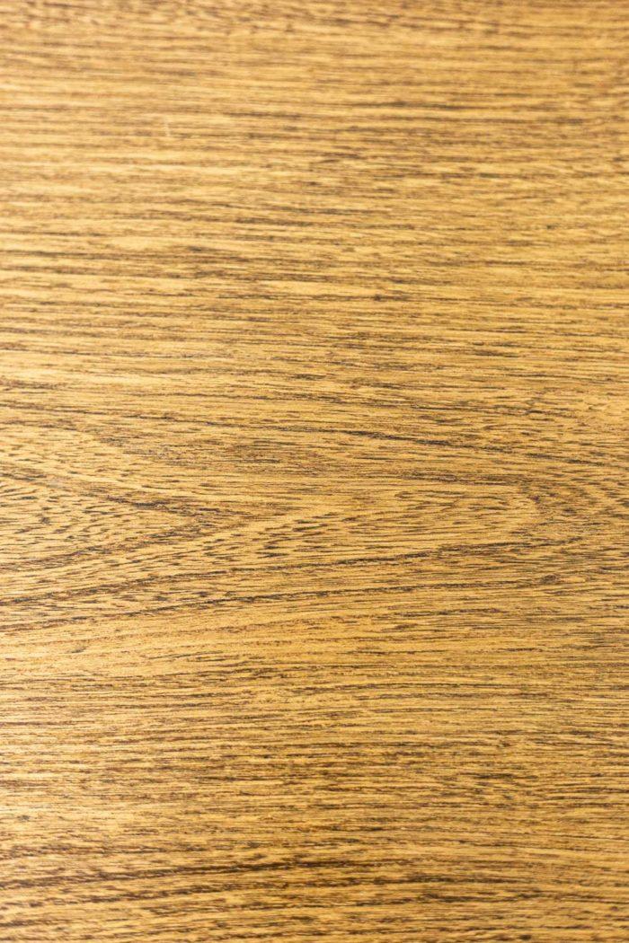 Table - détail bois