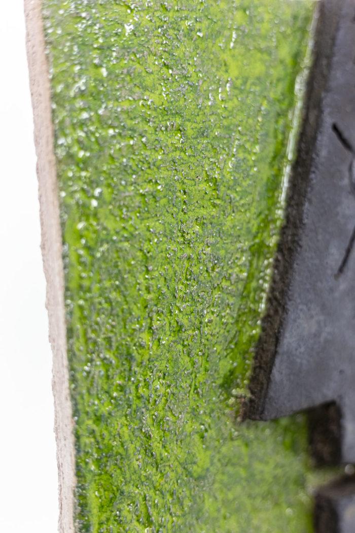 Pair of bas-reliefs - green