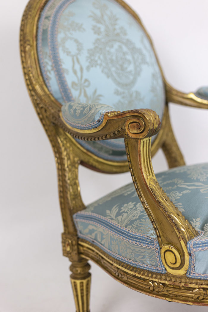 Paire of armchairs - focus