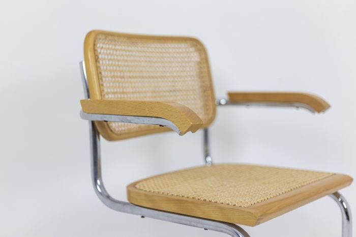 Série de fauteuils Cesca - focus accotoir
