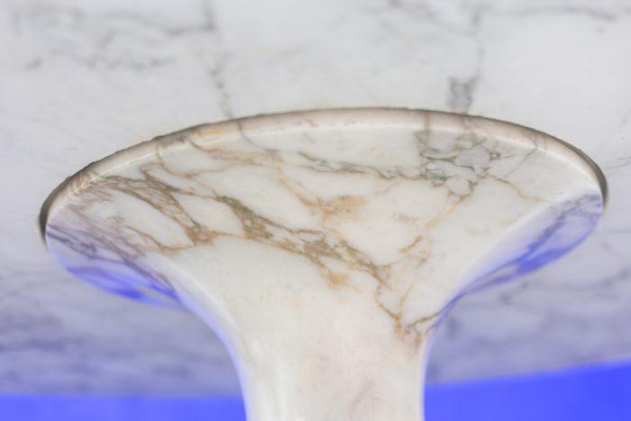 Angelo Mangiarotti, Table M1 - détail du pied conique
