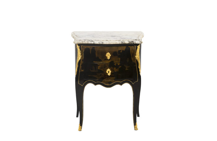 lacquer table - face